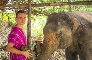 2 jours d'éco-randonnée Karen et 1 jour au sanctuaire d'éléphants de Thong